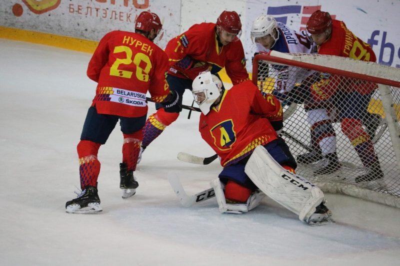 Хоккейный клуб «Лида» проиграл на своем льду минской «Юности»