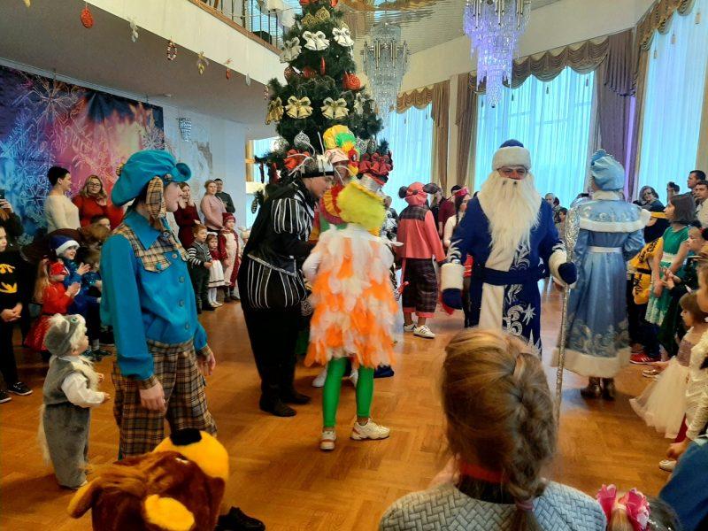 Дворец культуры города Лиды в праздничные дни организует семейные представления