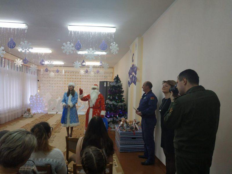 К акции «Наши дети» присоединилась Лидская авиабаза