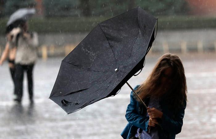 Кратковременные осадки и сильный ветер ожидаются в выходные дни в регионе