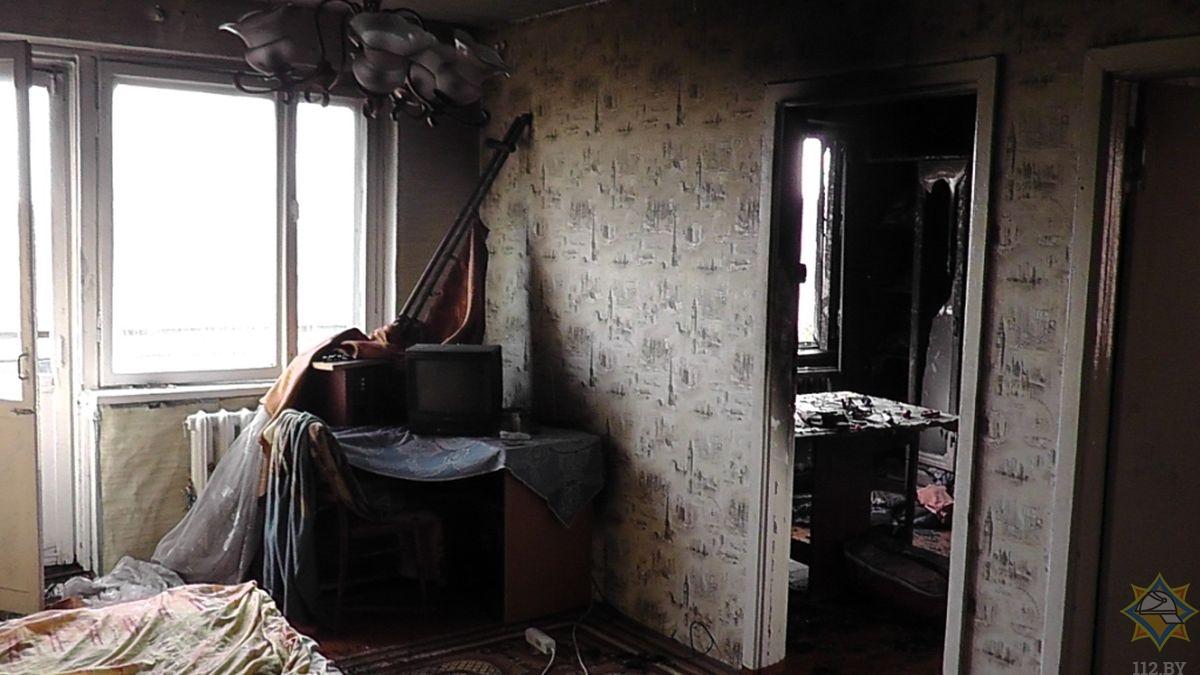 Мужчину спасли на пожаре в Лиде.