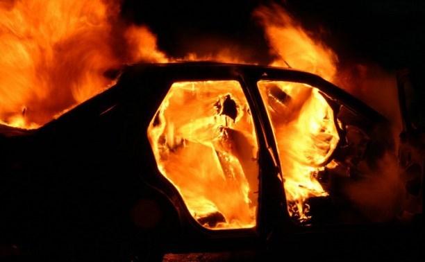 Легковой автомобиль «Рено-Меган», 1998 года выпуска, горел вчера вечером в Лиде