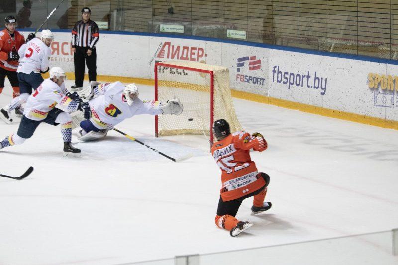 Хоккейный клуб «Лида» на выезде уступил «Шахтеру»