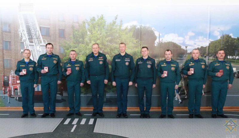 Спасатели Гродненщины получили награды из рук министра