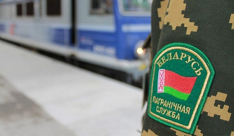 Лидские пограничники усилили меры безопасности в пунктах пропуска