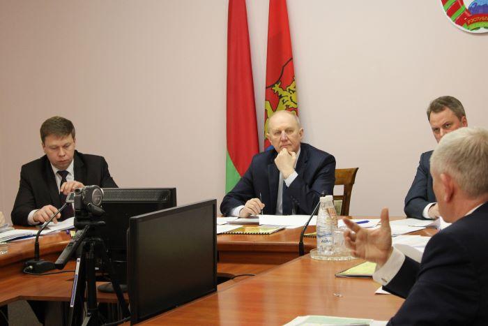 В райисполкоме с докладами выступили руководители пяти крупных промышленных предприятий Лиды