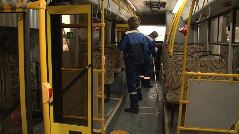 Лидский автобусный парк при обработке транспорта применяет дезинфецирующие средства