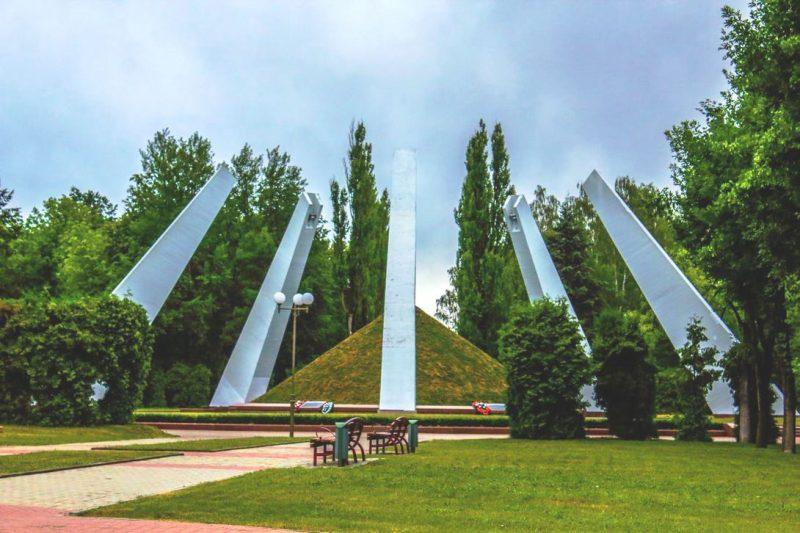 На территории Лидского района – 68 памятников воинской славы, воинских захоронений и захоронений жертв войн
