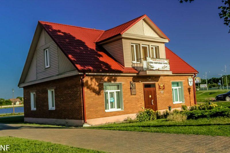 Онлайн-открытие выставки «От плаката до парада» состоится 14 апреля в доме В.Тавлая