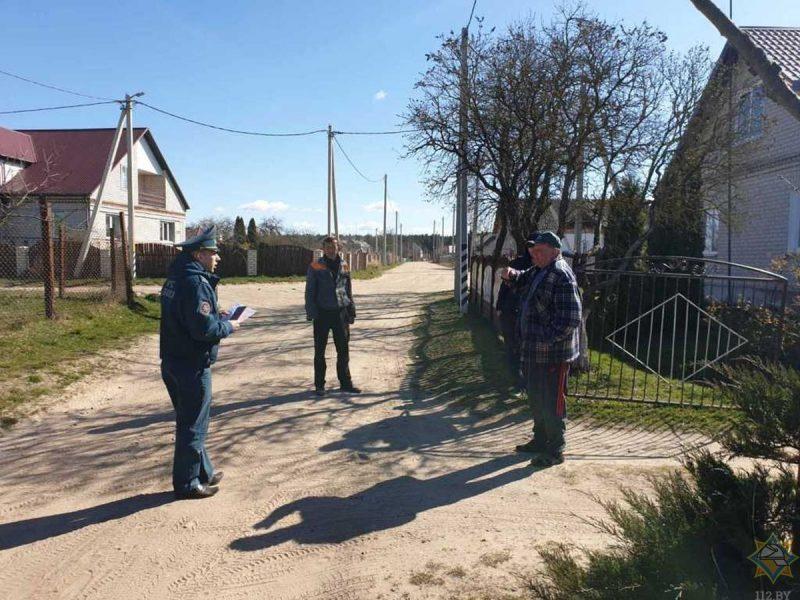Лидский РОЧС ведет работу по предупреждению весенних палов