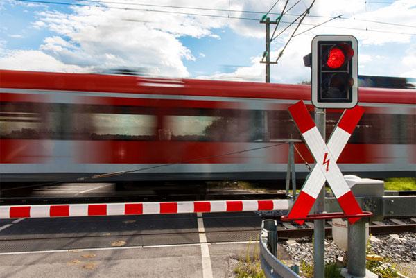 В Лиде прошла акция, приуроченная к «Международному дню безопасности на железнодорожных переездах»