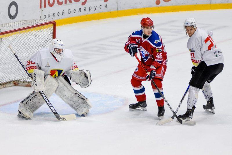 Хоккейный клуб «Лида» провел стартовый матч на турнире памяти Александра Дубко