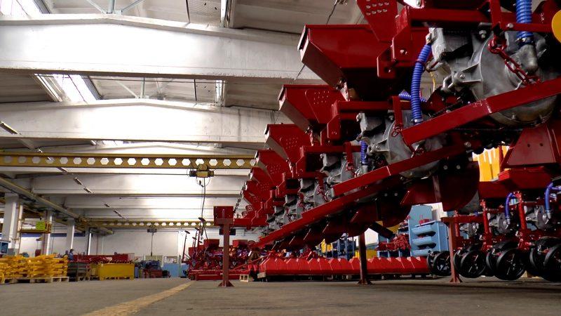 Основу экономики Лидчины составляет промышленный комплекс