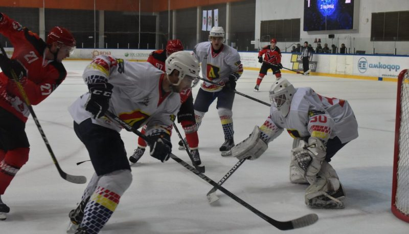 Хоккейный клуб «Лида» одержал первую победу в Кубке Салея