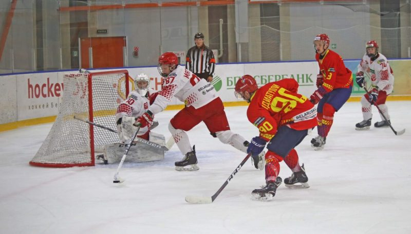 Хоккейный клуб «Лида» одержал вторую подряд победу в рамках Кубка Салея