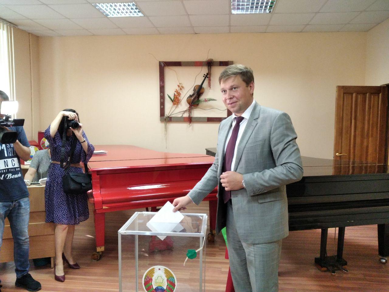 Глава района принял участие в голосовании
