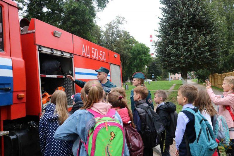 В Лиде в рамках акции «В центре внимания – дети!» организовали «Ярмарку безопасности»