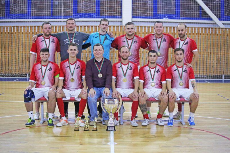Вчера прошел очередной матч финальной серии, в ходе которого команда «Электросети» в третий раз одолела «Локомотив» из Баранович – 10:5.