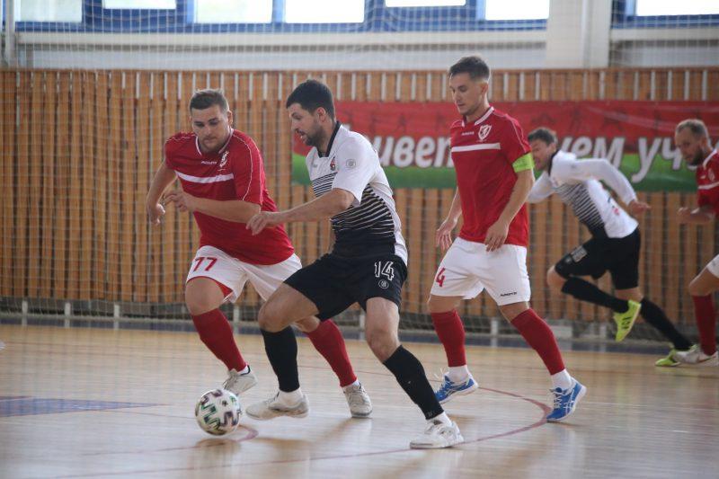 Мини-футбольный клуб «Лида» с поражения дебютировал в чемпионате страны