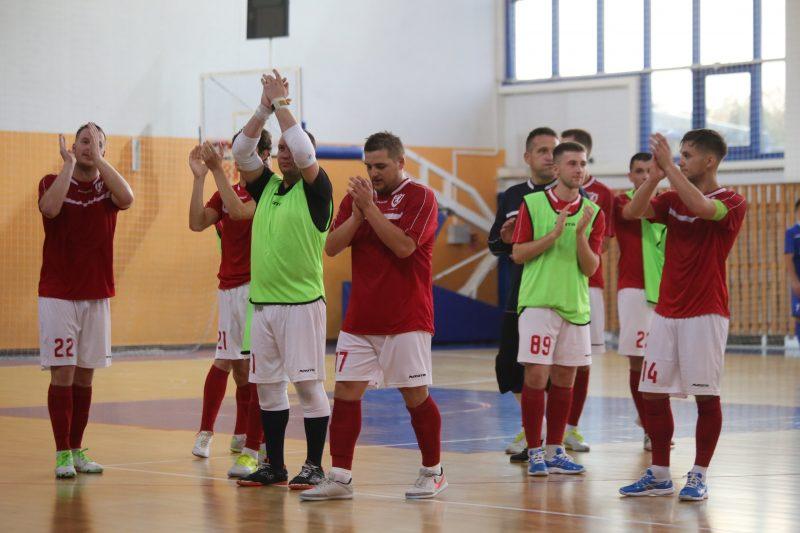 Мини-футбольный клуб «Лида» после пяти туров чемпионата страны занимает 8-е место в турнирной таблице
