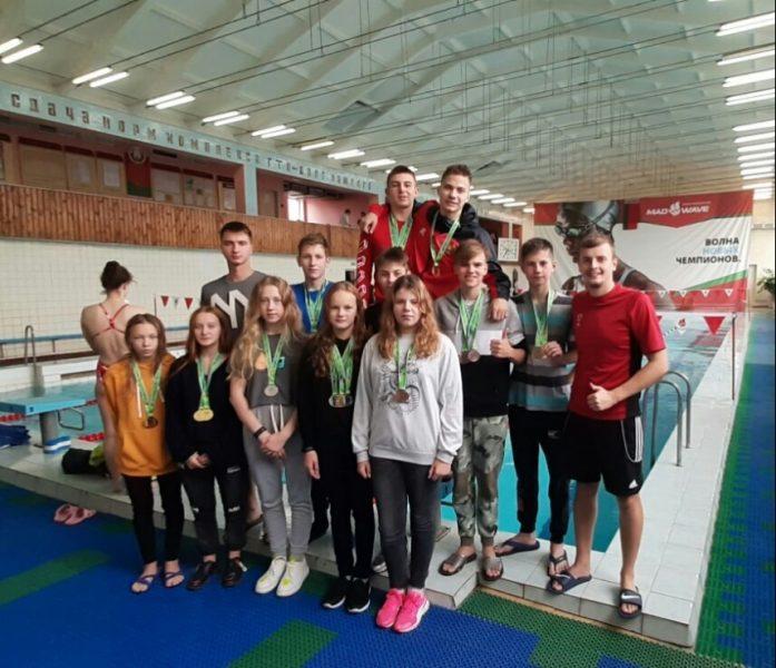 Лидчане успешно выступили на областной спартакиаде по плаванию среди детско-юношеских школ