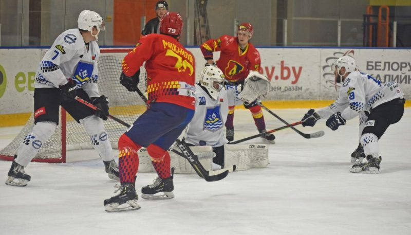 Два матча между хоккейными клубами «Лида» и «Химик» не состоятся