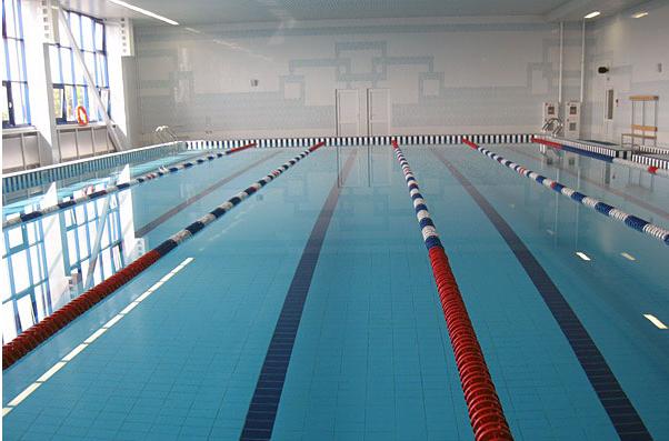 Бассейн «Дельфин» готовится вновь принимать посетителей
