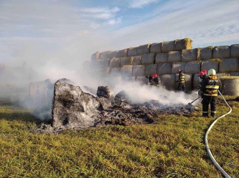 Лидские спасатели ликвидировали пожар соломы