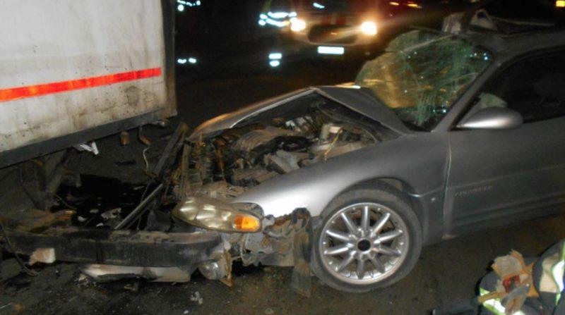 В Лиде после ДТП помощь спасателей понадобилась водителю легковой машины
