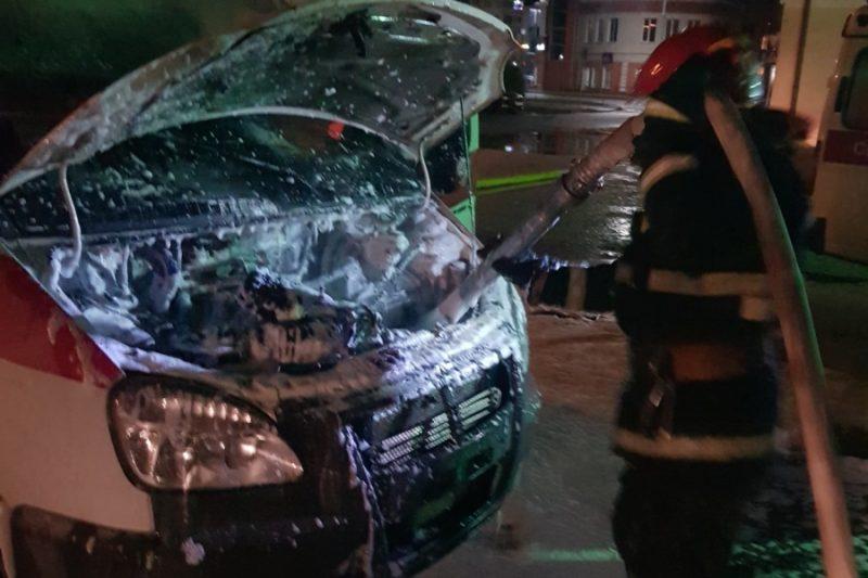 Автомобиль скорой медицинской помощи «Газель» горел в Лиде