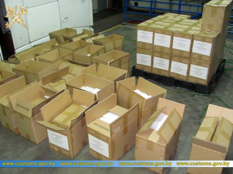В пункте пропуска «Бенякони» выявлена попытка незаконного ввоза литиевых батарей и зарядных устройств к ним