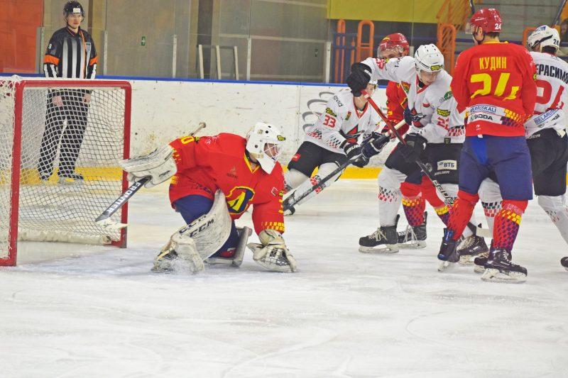 Хоккейный клуб «Лида» обыграл барановичский «Авиатор»