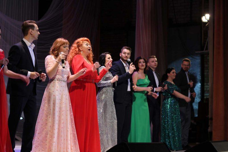 Солисты эстрадной студии «Лида-мюзикл» 14 февраля выступили во Дворце культуры