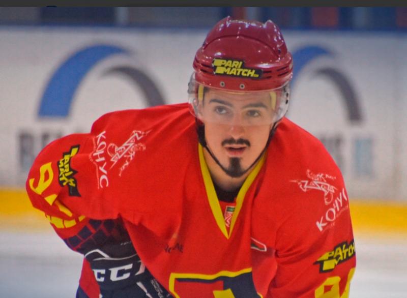 Игрок хоккейного клуба «Лида» Никита Волес стал лучшим защитником экстралиги «Б» по итогам прошлой недели