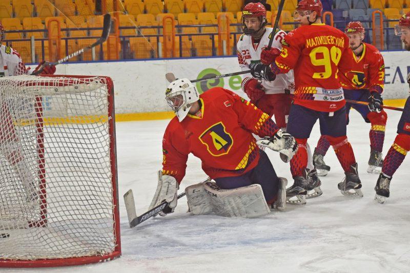 Хоккейный клуб «Лида» обыграл юниорскую сборную Беларуси