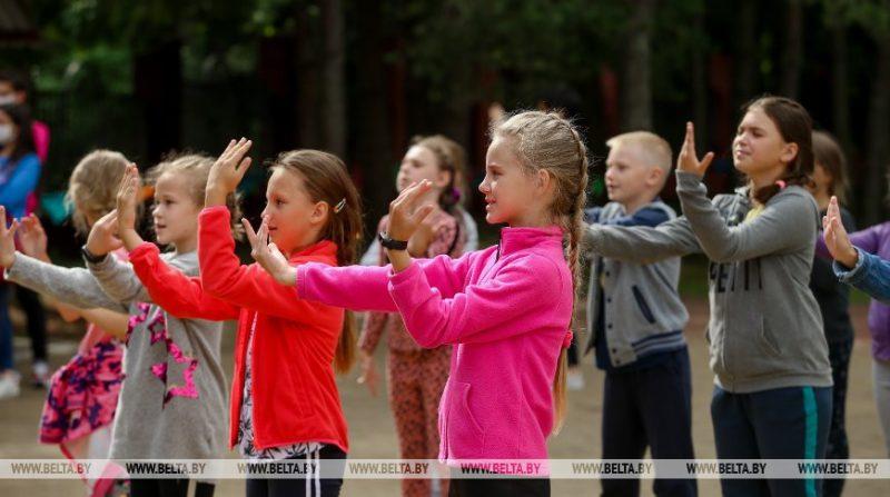 На Лидчине во время весенних каникул организовано 24 пришкольных лагеря