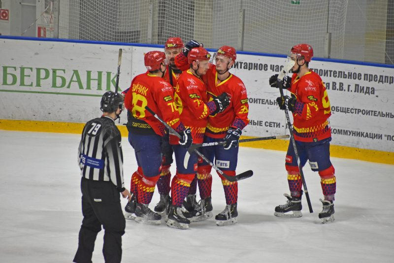 Хоккейный клуб «Лида» дома уступил «Могилеву»