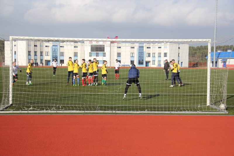 Футбольный клуб «Лида» провел очередной товарищеский матч в нынешнее межсезонье