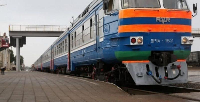 Заместитель министра транспорта и коммуникаций Сергей Дубина посетил локомотивное депо Лида