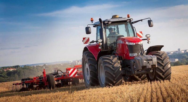 Техники из Германии прибыла в Лидский район для обработки первых 400 гектаров под сев лука