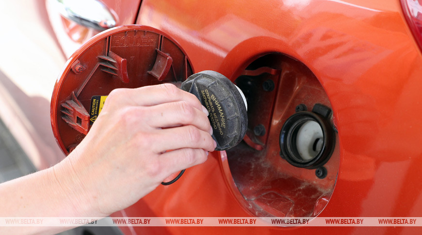 40-летний житель города Березовка похищал служебное топливо