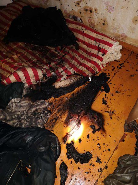 Пожар произошел минувшей ночью в одной из квартир в Березовке
