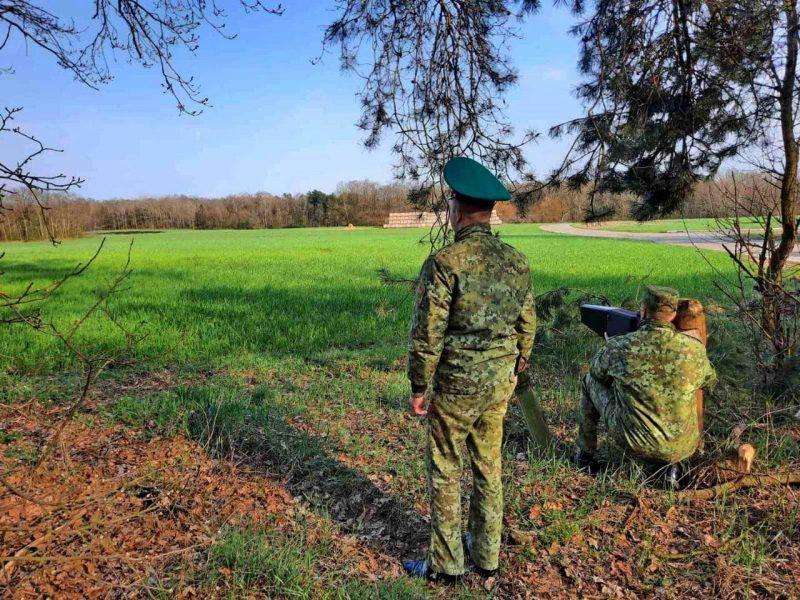 Очередная попытка нарушителей переместить табачные изделия с помощью беспилотников в Литву завершилась неудачей.