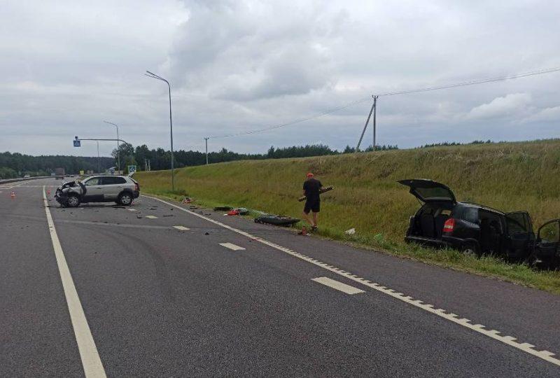 Три человека пострадали в ДТП на трассе М6 под Лидой.