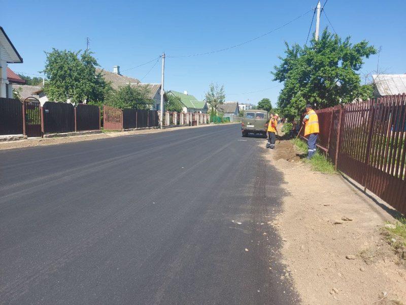 Дорогу на улице Калинина в Лиде расширили и заасфальтировали