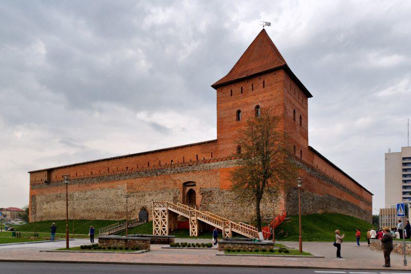 Районный праздник «Каля замка на Купалу» состоится в субботу, 10 июля в Лиде