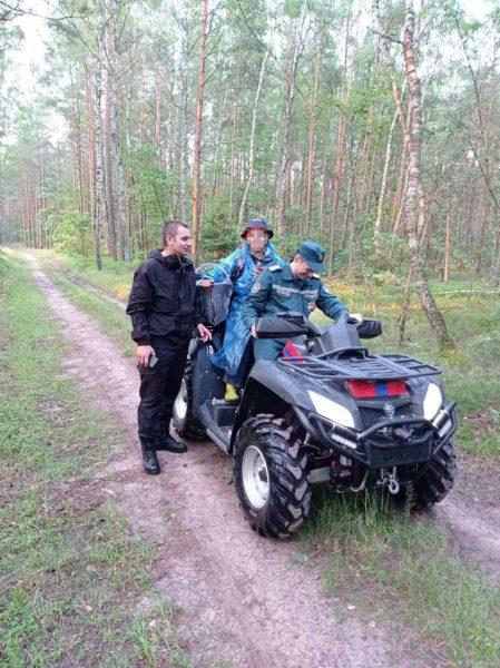 В Лидском районе спасатели отыскали потерявшуюся в лесу женщину при помощи квадрокоптера