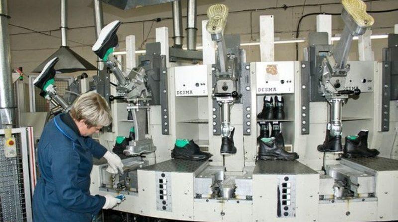 В Лиде открылось новое производство по пошиву спецобуви для предприятий