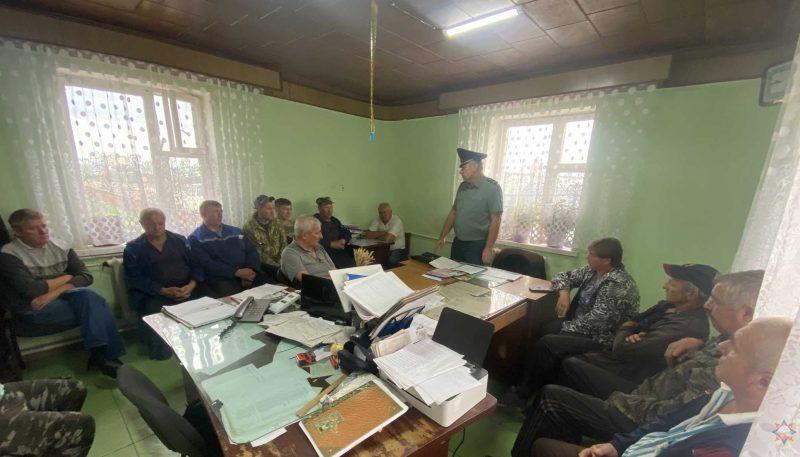 Представитель РОЧС провел встречу с работниками мехмастерской