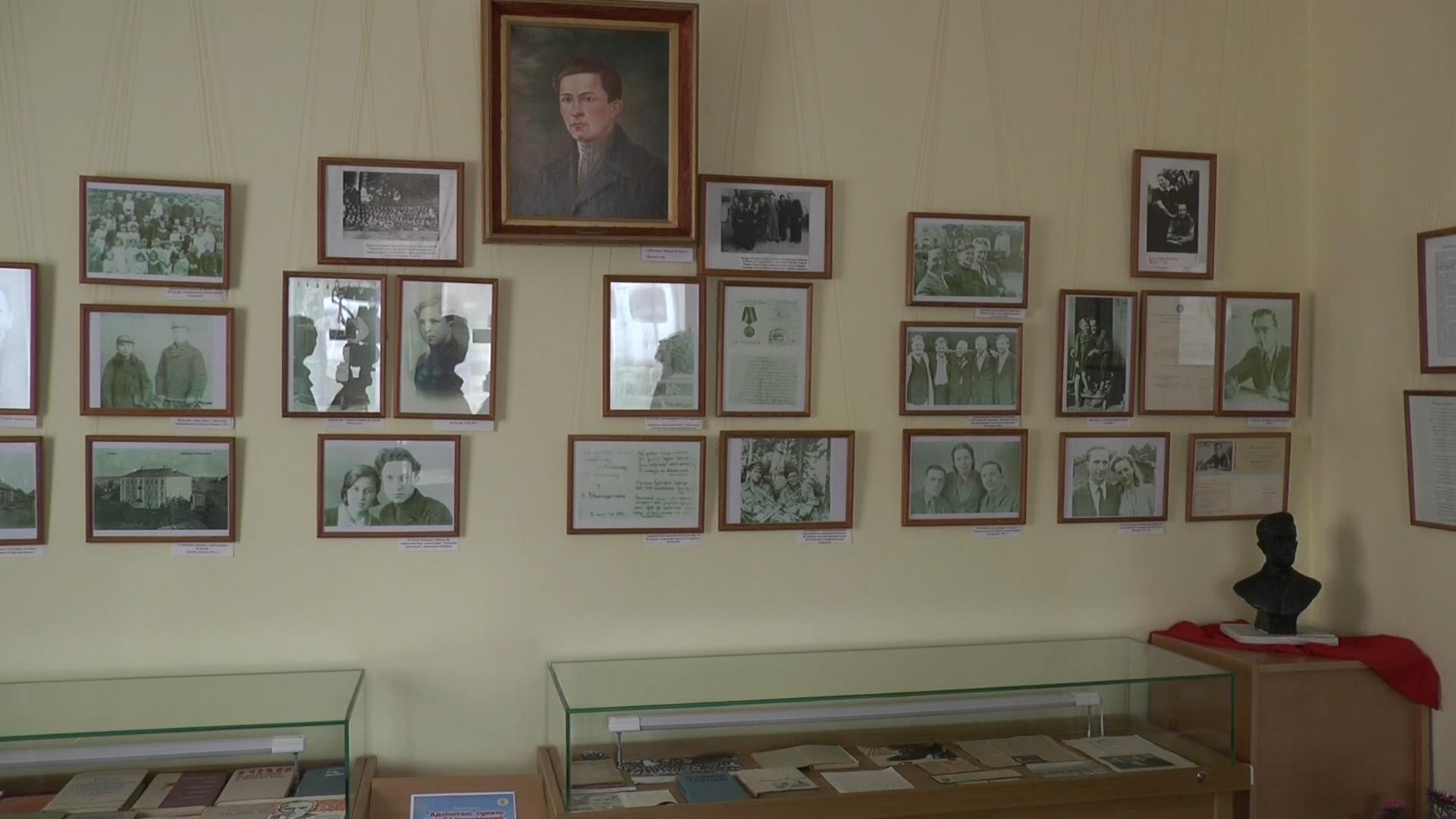 В Доме Тавлая была организована выставка «Единство: связь времен и поколений»